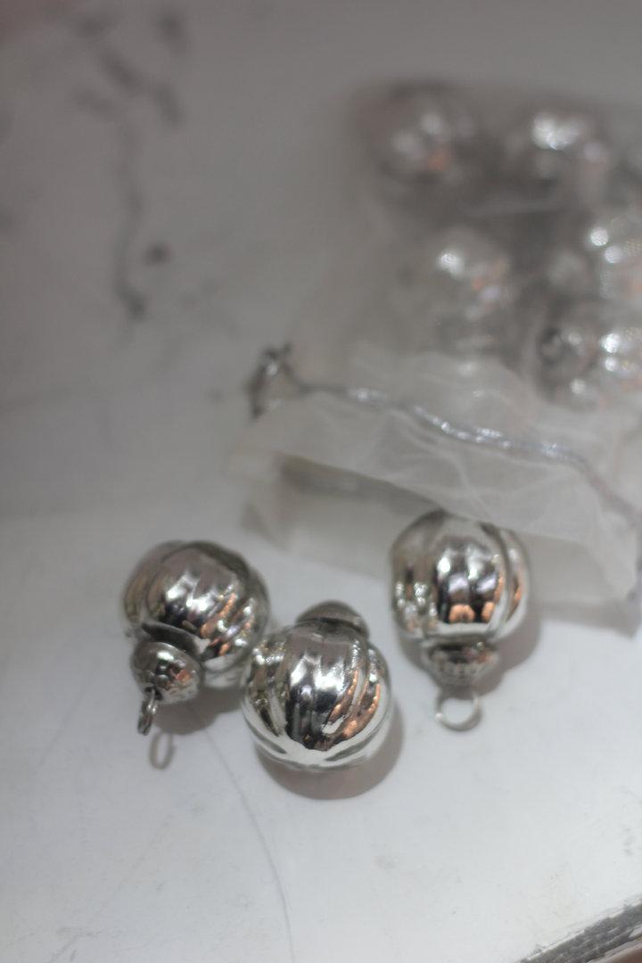 Bauernsilber Christbaumkugeln.Christbaumkugel Baumschmuck Vintage Bauernsilber Glaskugel